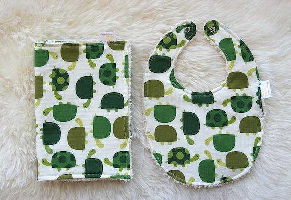 Bib and Burp Cloth Set Baby Gift - Urban Zoologie Turtles