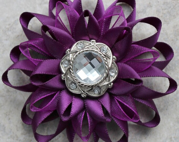 Deep Purple Flower Pin, Deep Purple Corsage Flower, Purple Flower Corsage Pin, Silver and Purple Corsages, Purple Dress Pin, Flower Hat Pin