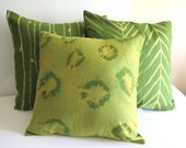 Shibori Pillow - Lime Green - Hand Dyed - Tie Dyed - Linen Throw Pillow Cover - Modern Home Decor - Michelebuttons