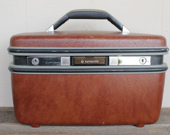 Vintage Samsonite Silhouette Overnight Makeup Case