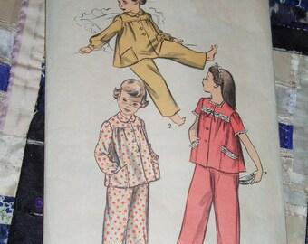"""Vintage 1940s Childs Pajamas, Advance Pattern 4180 Size 12, Breast 30"""""""