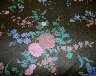 """Pretty Vintage Joan Kessler Concord Cotton Fabric, Roses on Black 44 Inch Width x 83"""""""