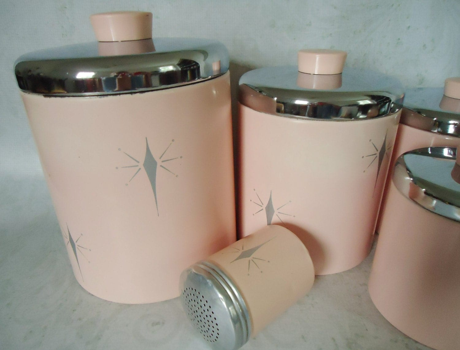 pink kitchen canister set vintage pink tin kitchen canister set pink atomic 21281