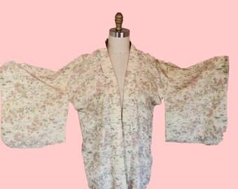 1950s Vintage Short Kimono Beautiful Pastel Oatmeal Color
