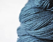 Hazy winter sky - Merino/Silk Fingering Yarn Superwash
