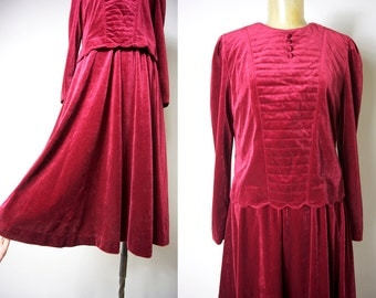 Vintage 1960s Cherry red /Wine red velvet one-piece victorian dress Sz M