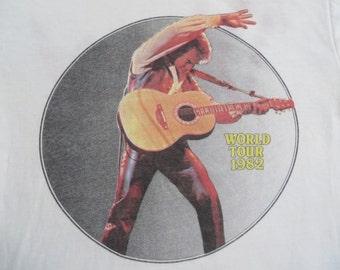 Original NEIL DIAMOND vintage 1982 tour TSHIRT
