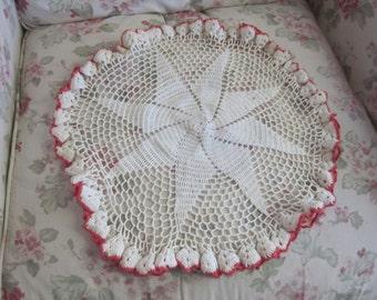 EXTRA Large Vintage Shabby Chic Crochet  Doily  Dresser Linen Red White Ruffle Star H80