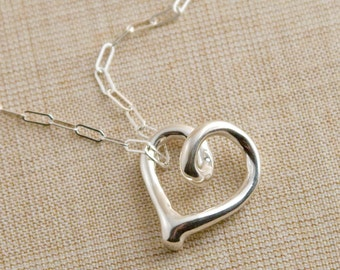 Loopy in Love Necklace