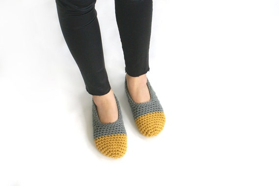 LAST PAIR ready to ship in size 6! Crochet Slippers in Peanut Butter and Slate Grey