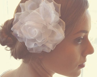 White Flower Hair Clip Bridal Hair accessory Wedding Hair comb Silk Millinery flower Boho bride