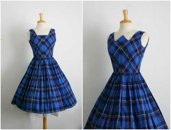 1950s cobalt blue and black plaid skirt by thearborvitae