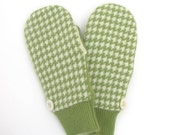 Cashmere Wool Mittens Fleece Lined Houndstooth Check Apple Green and Cream with Vintage Buttons
