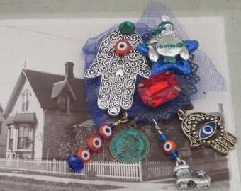 HAMSA HAND - BROOCH - Mystical Fortune Teller - Jeweled Good Luck -  Pin