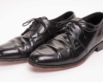 Men's Shoe Extra Wide Width Size 8 .5 EEE