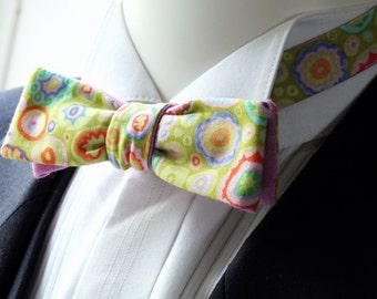 Bow Tie, mens, skinny style, self-tie, designer print cotton with raspberry chambray cotton on reverse.