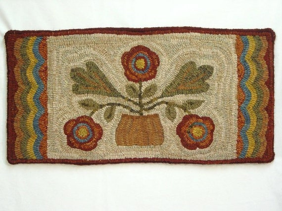 "Rug Hooking PATTERN, Three Flowers Runner 12"" x 24"", J542, Primitive Rug Design, Wide Cut Hooking"