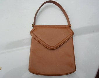Vintage 1960s Tan/Light Brown Leather Handbag Made By Block Soft Gold Tone Hardware