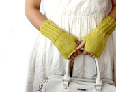 Autumn Finds /  Mustard Yellow  /  Fingerless Gloves  Fashion  . Girls Women . Valentines Days . Love . Autumn  Green  /  FRONT PAGE
