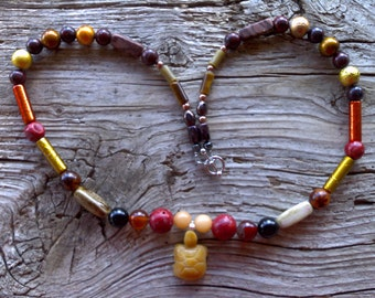 carnelian turtle,coral,agates,porcelan,zebrastone,red jasper, glass beaded necklace 21 inches
