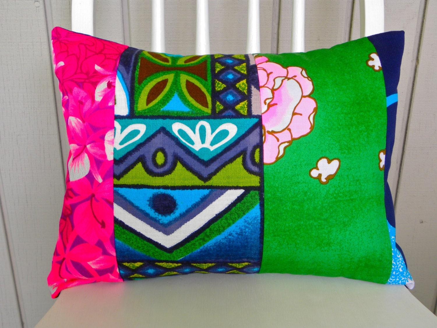 Vintage Throw Pillow Covers : Throw Pillow Cover Vintage Floral Tiki/Floral Patchwork