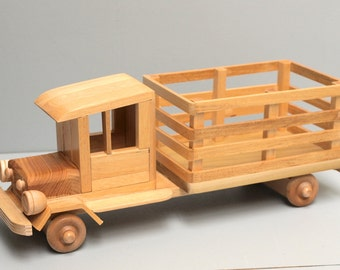 WOOD FARM Truck Eco-friendly Wooden Toy Car for Kids Organic Natural Unpainted Finish
