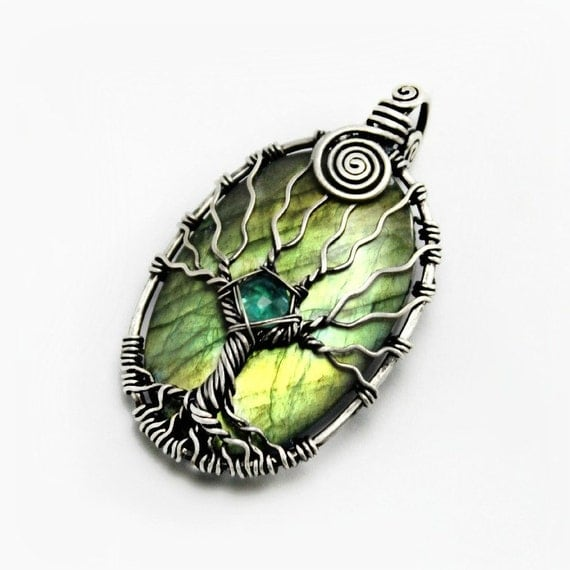 Labradorite tree of life pendant, Natural Apatite and 925 sterling silver