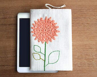"Floral iPad mini case - Tablet 7""-8"" - Kindle Fire - Samsung Galaxy - Custom sizes - Crochet lace and hand embroidery - Feminine - Flower"