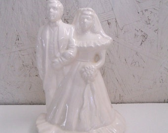Vintage Bride and Groom . 1970s Wedding Cake Topper
