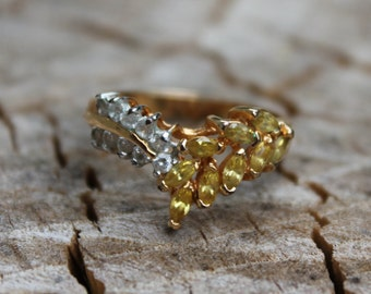 Vintage Yellow and White Rhinestone Gold Ring
