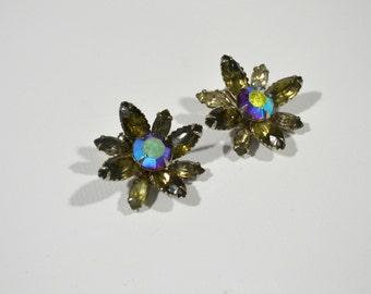 Vintage Aurora Borealis Rhinestone Large Flower Clip On Earrings