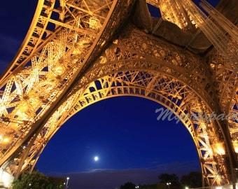 Eiffel Tower Paris art,  Paris at night, lights on the Eiffel Tower,  Paris room decor, abstract French art 8 x 12''