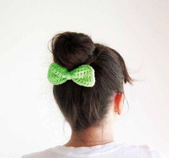 Green crochet hair bow, lime green hair bow, Girls hair bow clip ...