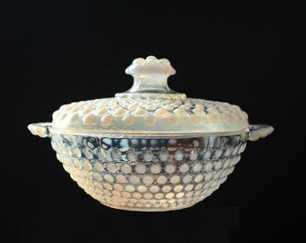 Anchor Hocking moonstone covered candy dish, opalescent glass