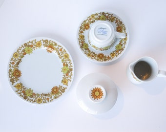 16 Piece Set Noritake Summerville NEVER USED Tea Brunch Cream and Sugar Plates Cups Saucers