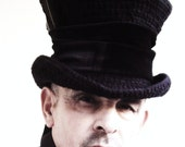 Gothic mad hatter Raven top hat