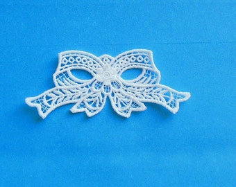Lace Applique for Crafts or Crazy Quilt - Rose-trimmed Bow