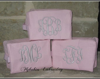 Set of 10 Personalized Cosmetic Bags ~ Monogrammed Toiletry Bags ~ Bridesmaid Cosmetic Bags ~ Quick shipping