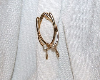 Vintage Gold Tone Double Wishbone Pin Brooch