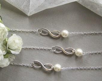 SET of 5  Infinity pearl bracelet, bridesmaid bracelet, bridesmaid gift wedding pearl jewelry white ivory pearl - BR008