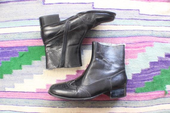 Men's Brogue Boots / Black leather Zipper Ankle Boots / Vintage Men's Shoes Size 9 1/2 M