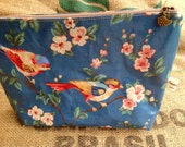 Waterproof inside and outside retro style pouch - Bird