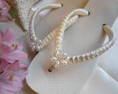 Ivory Flip Flops, Beach Wedding shoes, flip flops with bling, beach wedding shoes, bridal gift, bridal party, bridal shoes