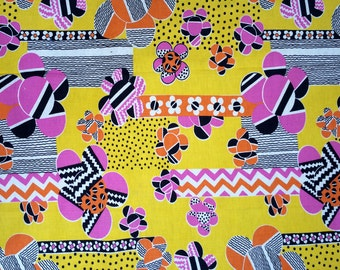 3 Yds Vintage 1970s 70s Mod Geometric Flower Power Psychedelic Op Art Fabric Material Hippy Hippy Home Decor BRIGHT Yellow Orange Pink Black