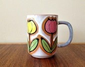 Retro Coffee Mug Vintage Pottery Coffee Cup with Mod Flowers