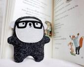 Little Bambak, book lover wearing geek glasses, soft geek toy, kawaii gift, best friend, boyfriend gift, personalized kids, girlfriend gift