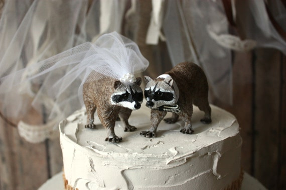 Raccoon Cake Topper