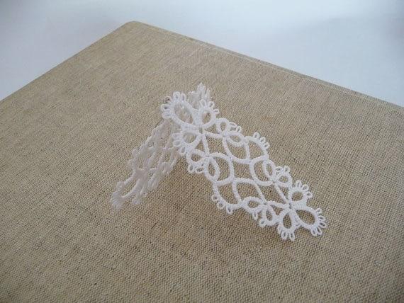 Tatting earrings white - handmade jewelry - lace earrings - Bridesmaid - Wedding