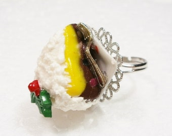 Christmas Cake Ring. Polymer Clay.