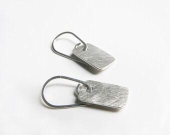 small silver earrings. minimalist earrings. sterling silver earrings. simple jewelry. everyday earrings. silver earrings sale
